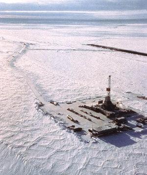 Rezerve de 100 miliarde barili de petrol, in regiunea arctica