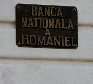 Rezervele BNR au scazut in februarie cu 621 milioane de euro