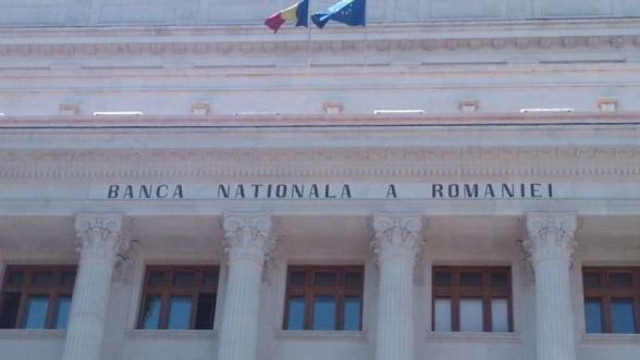 Rezervele internationale ale Romaniei scad de la o luna la alta