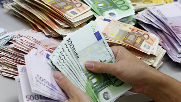 Rezervele valutare la BNR au crescut in decembrie la 32,2 miliarde euro