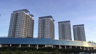 Riscurile la cumpărarea locuințelor noi: încă racordate la curentul de pe șantier, iar contractele sunt pline de clauze abuzive