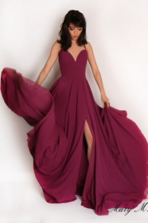 Rochia de seara - piesa vestimentara de top