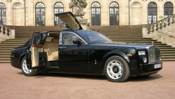 Rolls-Royce sfideaza criza. 2012, al treilea an de vanzari record