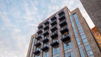 România are printre cele mai ieftine locuințe din Europa. Un apartament nou, de 70 mp, îl costă pe român șapte salarii medii brute anuale