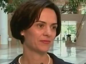 """Romanca sefa a misiunii FMI in Grecia, laudata si de presa cipriota: O veritabila """"doamna de fier"""""""