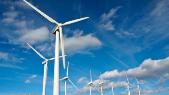 Romania urca o pozitie in topul atractivitatii investitiilor in energie regenerabila