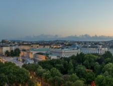 Romanii au cheltuit peste 4 milioane de euro pentru cazare in Viena, in 2015