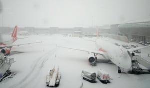 Romanii blocati pe un aeroport din Londra raman acolo pana luni UPDATE Reactia Wizz Air (Video)
