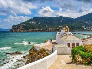 """Romanii iubesc si mai mult Grecia, in ciuda dificultatilor create de pandemie: """"Insula este doar a noastra""""/ """"Decat sa fac concediul pe litoralul nostru, prefer sa-mi fac 10 teste COVID"""""""