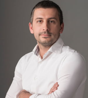 Romanii se imbraca online. Interviu cu Razvan Predica, Fashion Days, despre o piata de 170 de milioane de euro