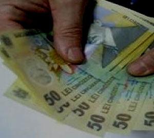 Romanul rau-platnic are o restanta medie la banca de 643 euro