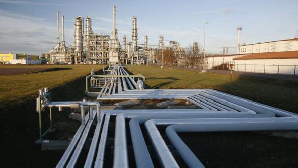 Rompetrol, speriata de pretul produselor petroliere din Serbia
