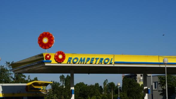 Rompetrol Rafinare si Rompetrol Petrochemicals isi intrerup activitatea timp de o saptamana