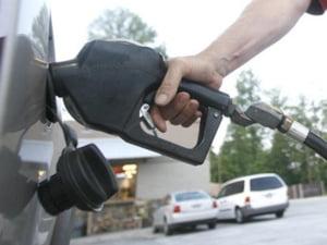 Rompetrol scumpeste motorinele cu sase bani/litru