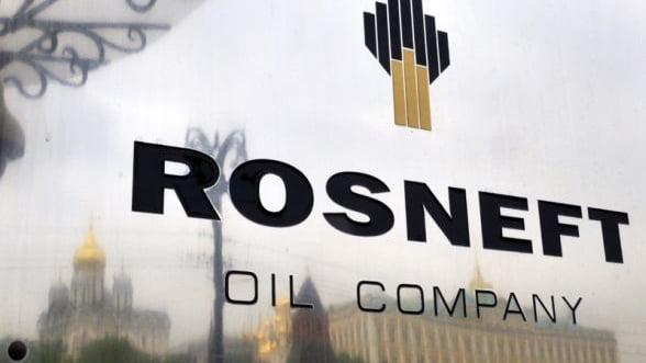 Rosneft vinde Chinei petrol in valoare de 270 de miliarde de dolari