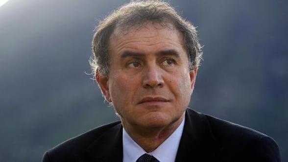 Roubini: Relaxarea cantitativa nu este de ajuns pentru salvarea zonei euro