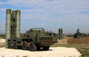 Rusia trimite sisteme antiracheta ultramoderne in Crimeea