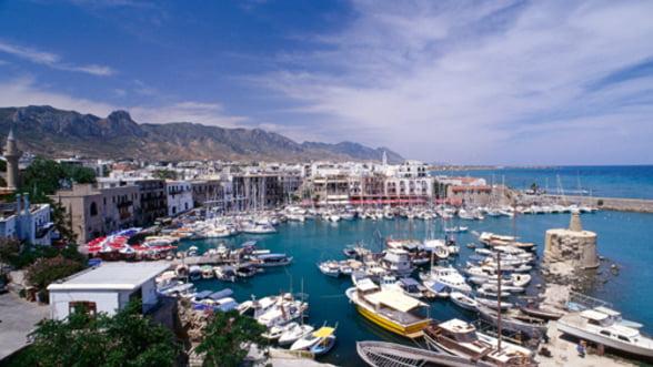 Rusia va imprumuta Cipru cu 2,5 mld. euro