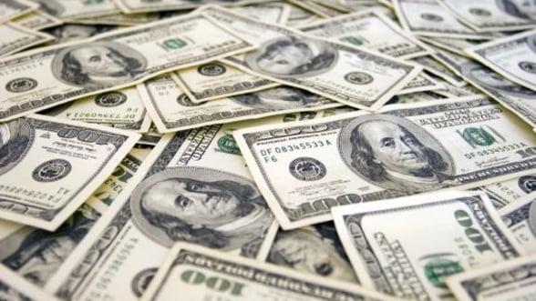 Rusia vinde masiv din detinerile de titluri ale Trezoreriei SUA