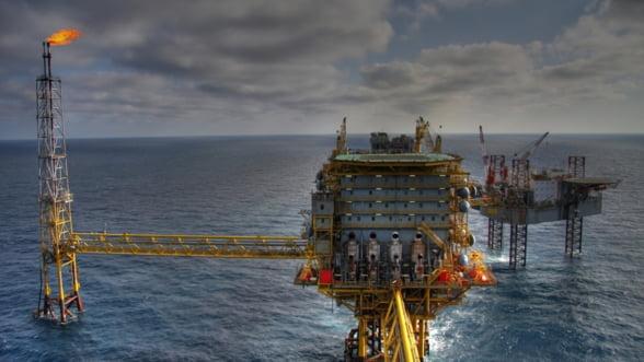 Rusii anunta o noua descoperire de petrol si gaze naturale in Marea Neagra