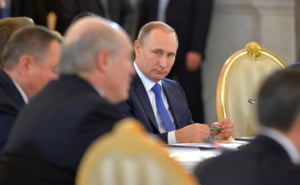 Rusii ii pregatesc lui Putin o revolutie colorata?