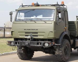 Rusii prezinta primul camion Kamaz care se conduce singur
