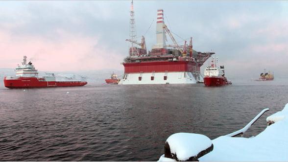 Rusii tin sub lacat rezervele arctice de petrol. Asteapta ca barilul sa ajunga iar 100 de dolari