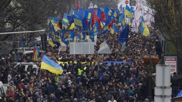 S&P: Ucraina va intra probabil in incetare de plati