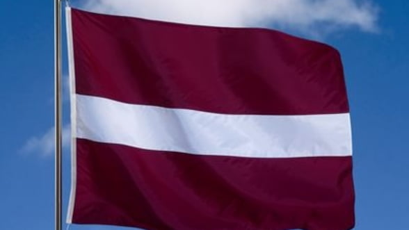 "S&P ""premieaza"" Letonia cu un rating de tip investment grade"