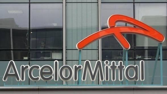 """S&P a retrogradat ArcelorMittal la categoria """"junk"""""""