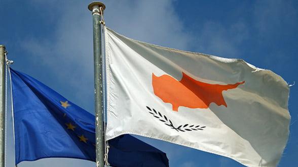 S&P a retrogradat Ciprul. Cum sta Romania