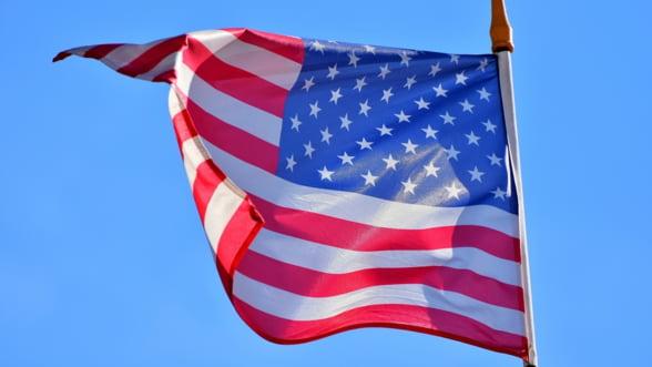 SUA: Deficitul bugetar a depasit 1.000 de miliarde de dolari