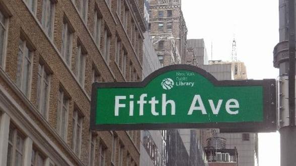 SUA: Fifth Avenue din New York - cea mai scumpa artera comerciala din lume