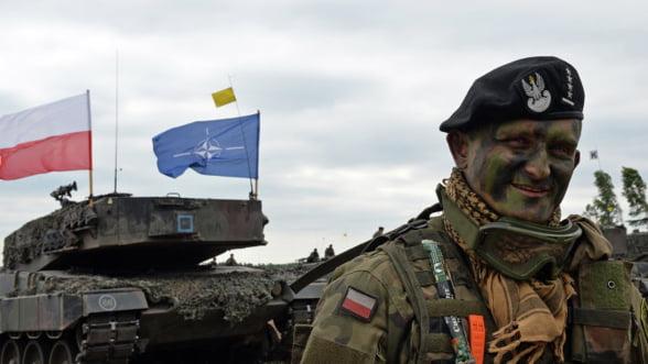 SUA, Marea Britanie si Romania au trupe NATO in Polonia. Rusia raspunde cu avioane si tancuri in Serbia