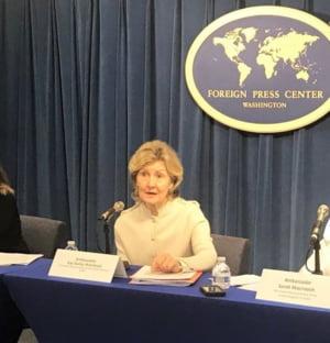 SUA ameninta Rusia cu distrugerea arsenalului nuclear care incalca Tratatul INF. Romania, bagata la mijloc