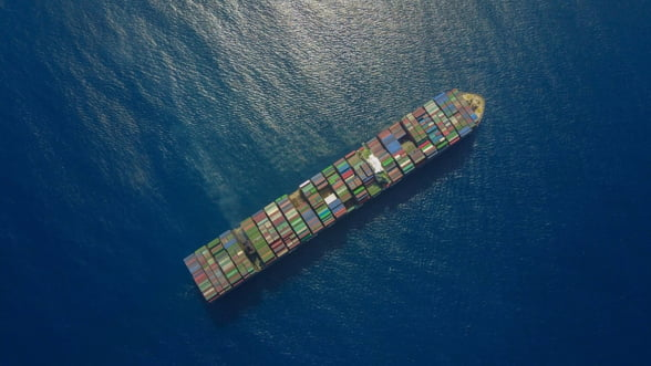 SUA avertizeaza ca petrolierele iraniene reprezinta un risc pentru porturile care le primesc