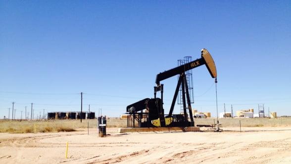 SUA cere tuturor tarilor sa sisteze importurile de petrol din Iran. In caz contrar, ameninta cu sanctiuni