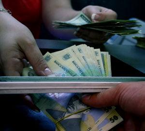 Salarii de minim 600 euro pentru muncitori necalificati in strainatate