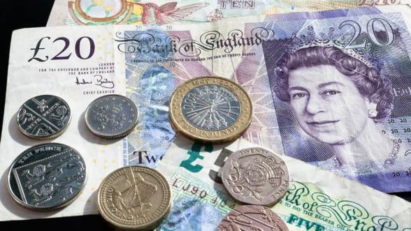 Salariile din Marea Britanie au avut cel mai rapid ritm de crestere din ultimii 11 ani
