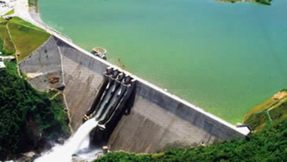 Salariul mediu la Hidroelectrica: 1643 euro. Exista 70 de tipuri de prime si beneficii