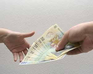 Salariul mediu stagneaza