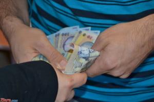 Salariul minim creste de la 1 ianuarie 2018. La fel si indemnizatia minima pentru mame