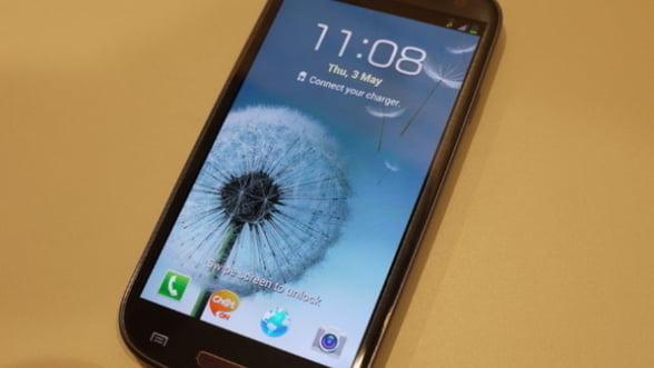 Samsung Galaxy S III: Cati s-au inghesuit sa-l cumpere?