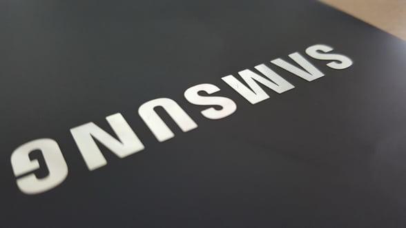 Samsung va lansa vineri primul sau smartphone pliabil