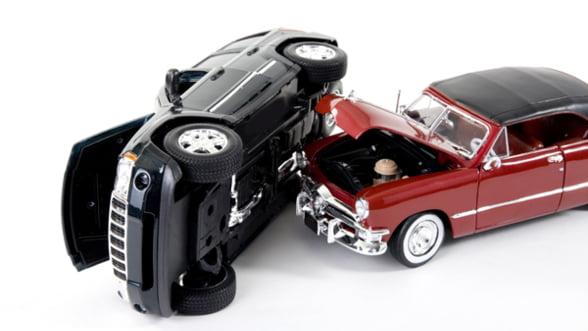 Sanctiuni pentru asiguratorii care fac abuzuri in calculul tarifelor RCA pentru tineri