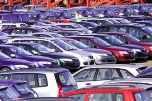 Scadere de 1,8% la vanzarile de autoturisme noi