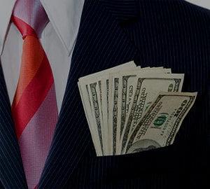 Vezi SALARIILE miliardarilor americani