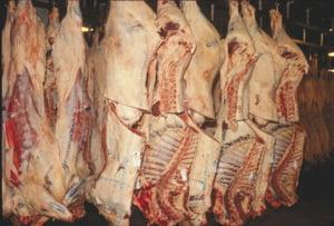 Se cere reducerea TVA la carne la 9% din acest an: Ce efecte benefice va avea masura