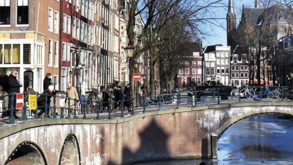 Se intampla si la altii: 5,8 milioane de pensii vor fi reduse in Olanda