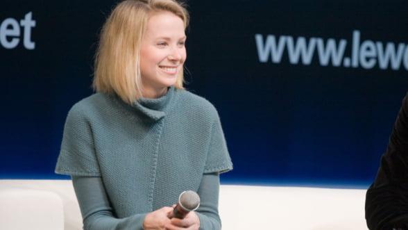 Se vinde Yahoo! Cumparatorii fac coada, dar sefa companiei trebuie sa plece